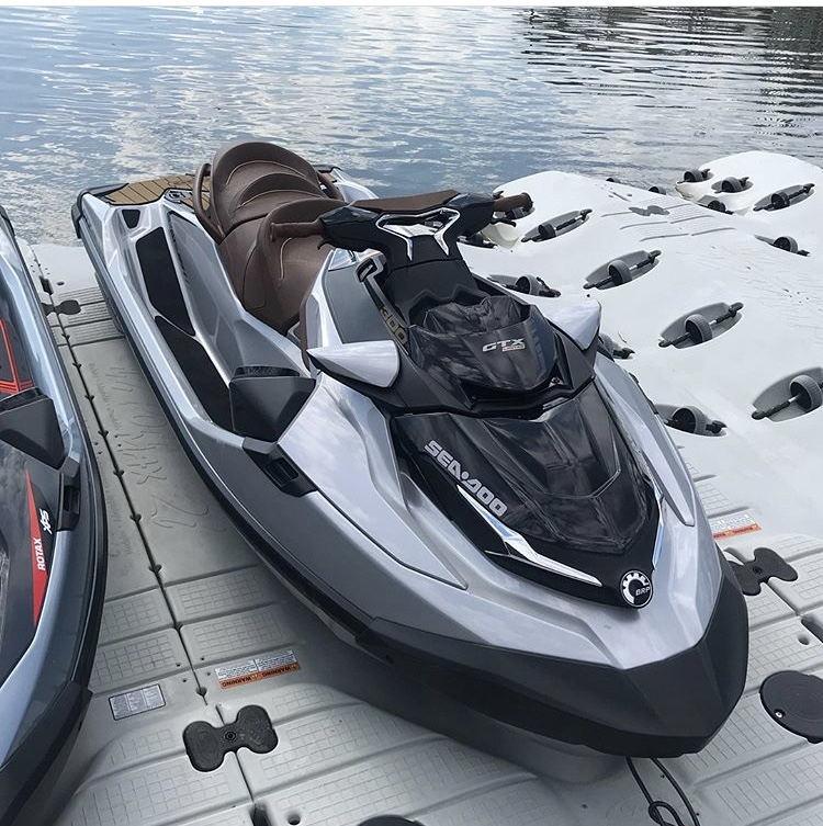 Sea Doo RXT X 300/GTX Limited 300 Image